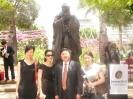 2010年时任中国济南市副市长王良向昆士兰州赠送孔子塑像时接受澳华传媒采访